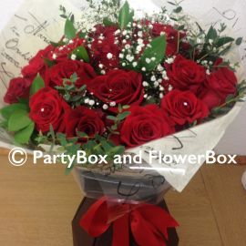 24 RED ROSES WITH GYP